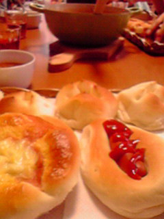 焼きたてパンとスープで♪